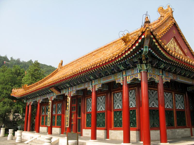 Un pavillon proche de la longue galerie
