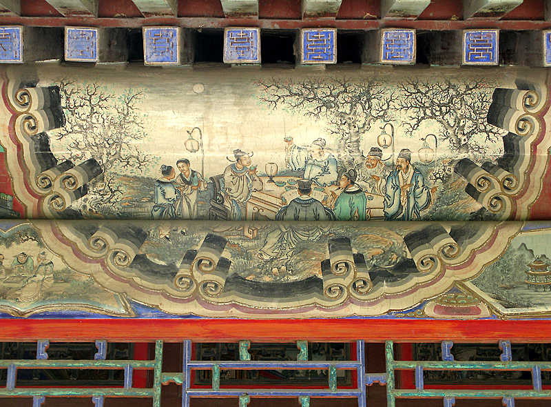 14.000 extraordinary paintings embellish the Gallery (728 meters), along the Kunming Lake