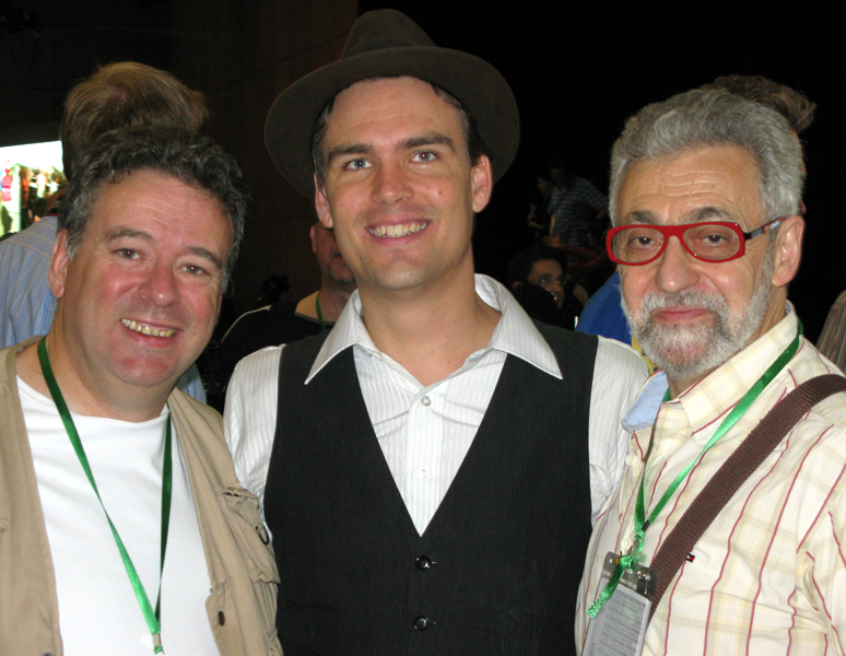 With (from l. to r.) Peter DIN, president 2008-2012 of the FFAP (French Magicians Association) and Charlie CAPER (Sweden), 2nd Price Parlor Magic 2009