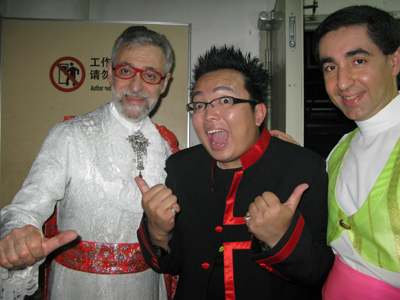 Omar Pasha and Louis with Richard MO (host & magician) from Hong Kong