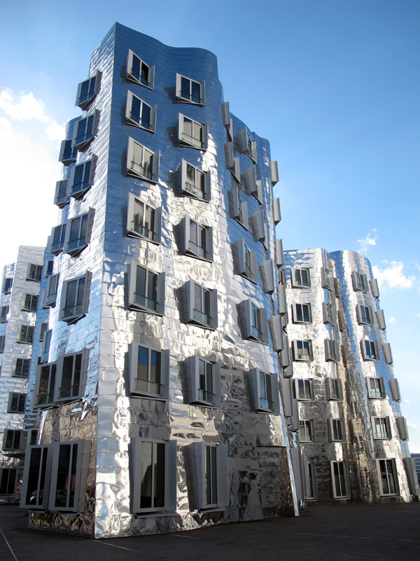 """Frank Gehry """"mirror"""" Building"""