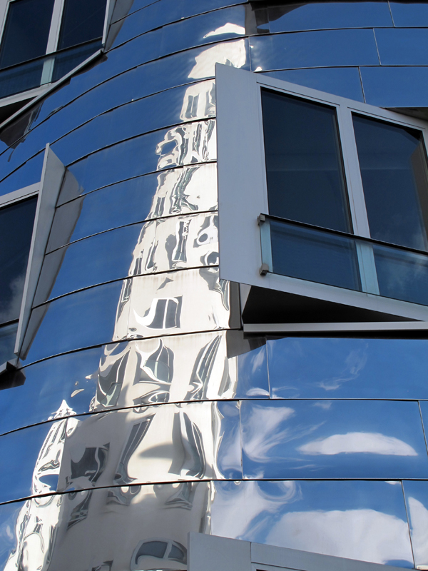 """Frank Gehry """"mirror"""" Building, detail"""