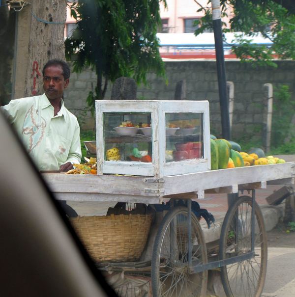 Having fruits in town ?