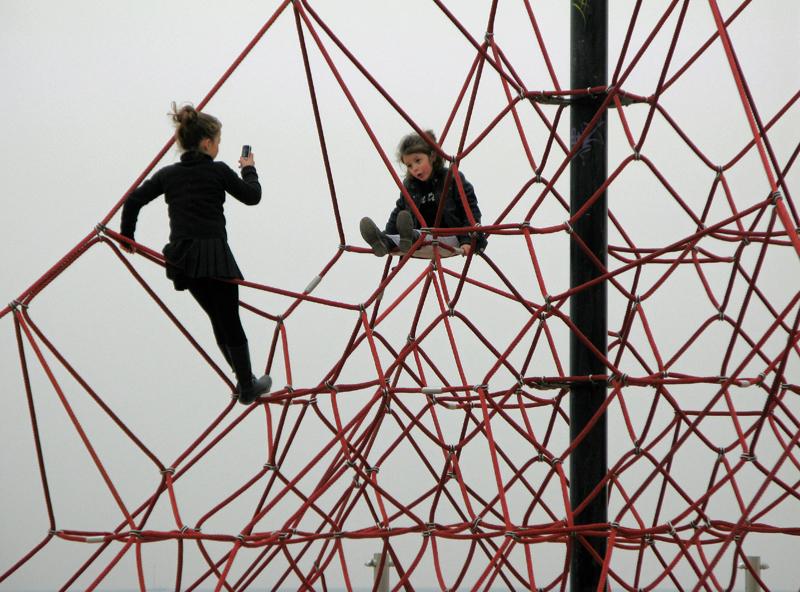 Badalona, February 2009, children.