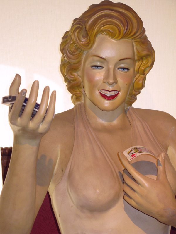 In the Casa Magica magic museum. Marilyn as a magician.