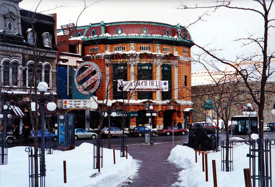Québec théâtre déc 1995 2_modifié-1_modifié-2