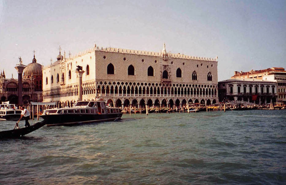 VENISE Palais des Doges+Vaporetto 1993_modifié-2_modifié-1 copie_modifié-1 copie